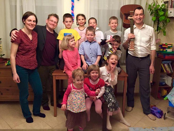 Középen az ünnepelt 6 éves! Mesés-zenés házibuli a legjobb barátokkal