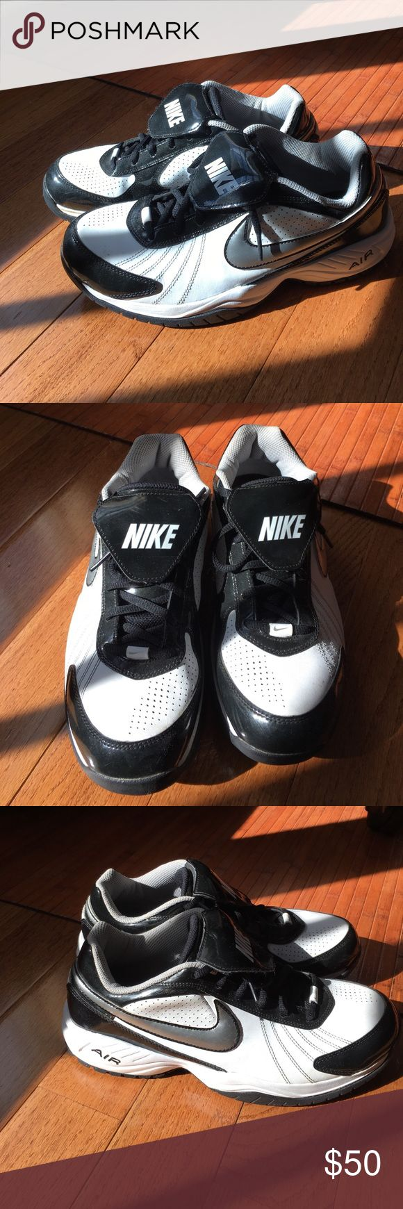 Men's Nike Air turf shoes These are men's sized 9.5 Nike turf shoes.   Used only once or twice for baseball.  In excellent used condition. Nike Shoes Athletic Shoes
