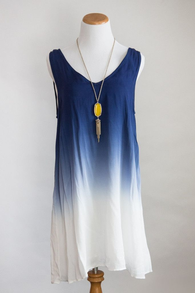 V-neck sleeveless ombre blue dress with slip lining. Easy summer style! Summer Style, Mom Fashion, Casual Dress