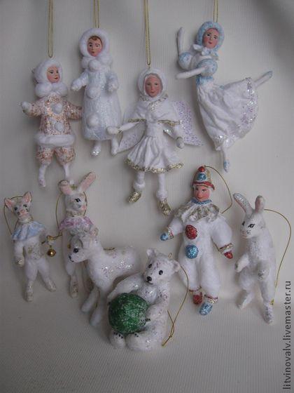 Set of spun cotton ornaments by Litvinova Ludmila €323.24