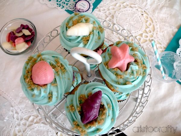 My sweet little Samantha turns four this week , to celebrate we threw a Mermaid Party! Aerial is her favorite princess but I didn't wa...