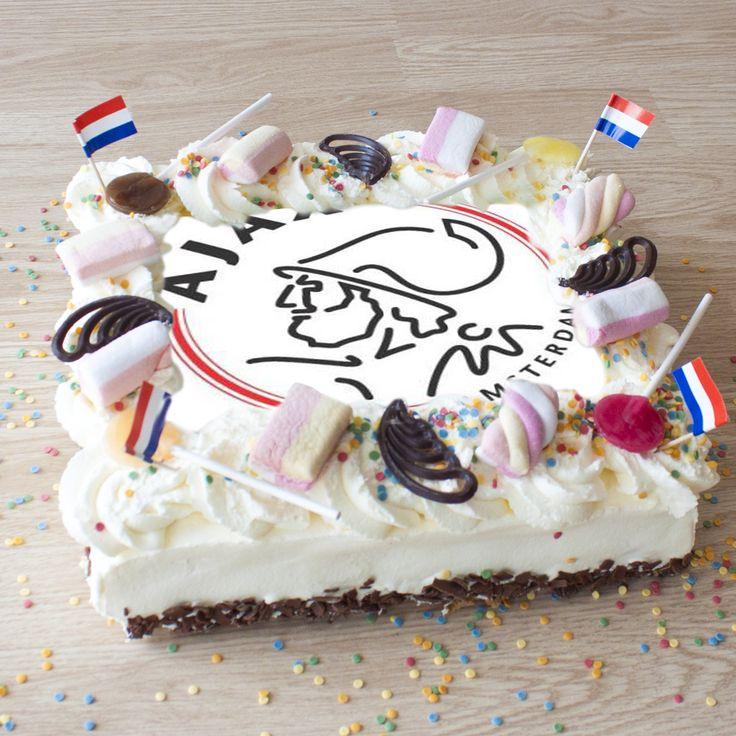 Dat wordt scoren met deze Ajax taart op jouw verjaardag!
