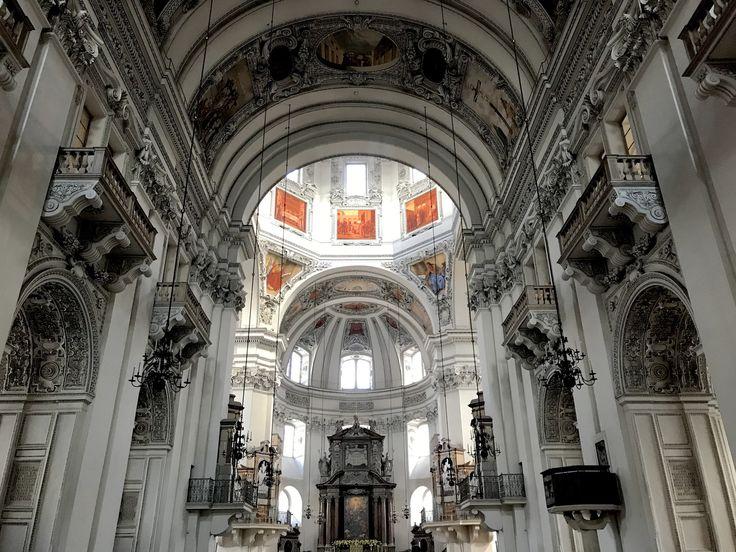 Il Duomo di Salisburgo - Un itinerario di 4 giorni a Salisburgo e nel salisburghese, alla scoperta della città di Mozart e della musica, tra sfarzosi palazzi barocchi, inespugnabili fortezze e montagne innevate.