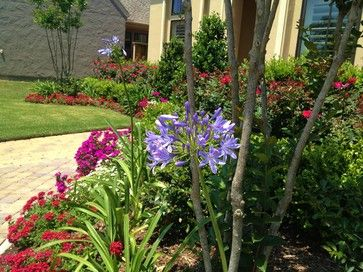 28 Best Images About Landscaping For Front Yard On Pinterest | Traditional Landscape Bunker And ...