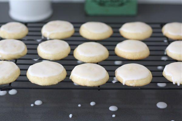 glazed-lemon-cookie-recipe