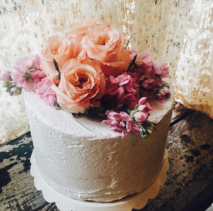 THE 8 HEALTHIEST BAKERIES IN NEW YORK CITY | Pictured here: Jennifer's Way Bakery