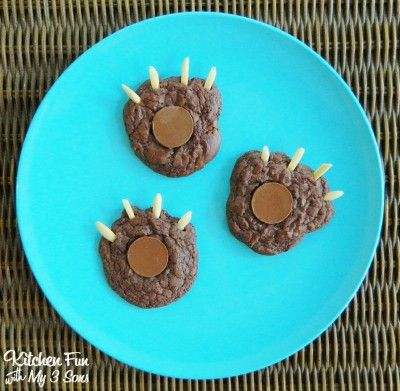 Brownie Bear Claw Cookies