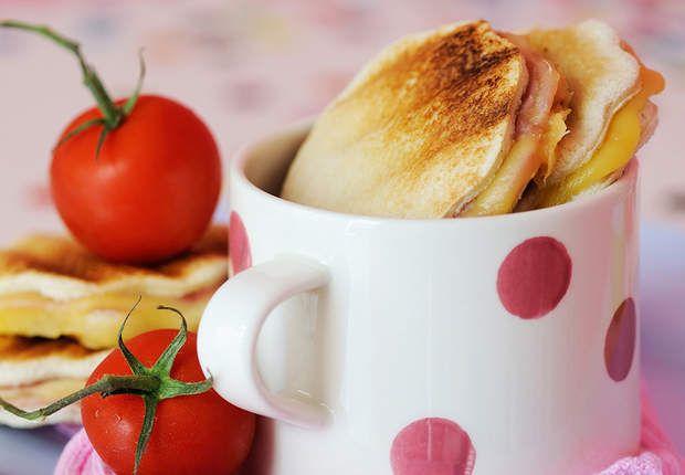 Croque-fleur au jambon et fromageRéalisez ces croque-fleur au jambon et fromage, les petits et les grands vont se régaler !