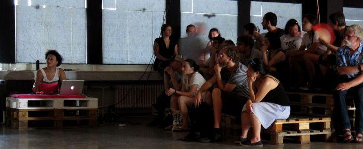 48 Stunden Neukölln: Directors Lounge at Hi-ReS! Audio-visual performance with Korhan Erel to the visuals of Candaş Şişman, photo: Kenton Turk/DL  https://korhanerel.com