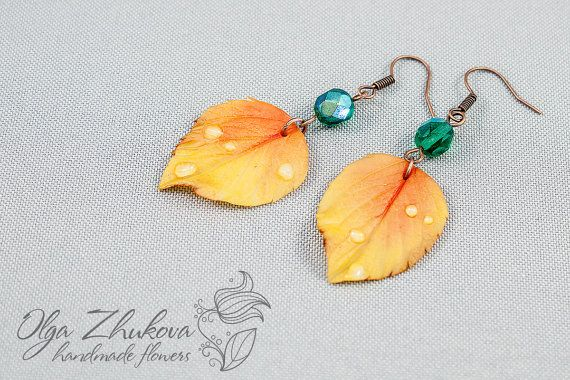 Earrings with yellow autumn leaves in cold by polymerFlowers