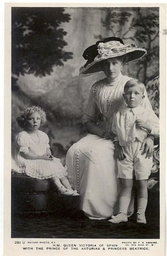 Queen Victoria Eugenie with her daughter Infanta Beatriz of Spain (left) and son Alfonso, Prince of Asturias