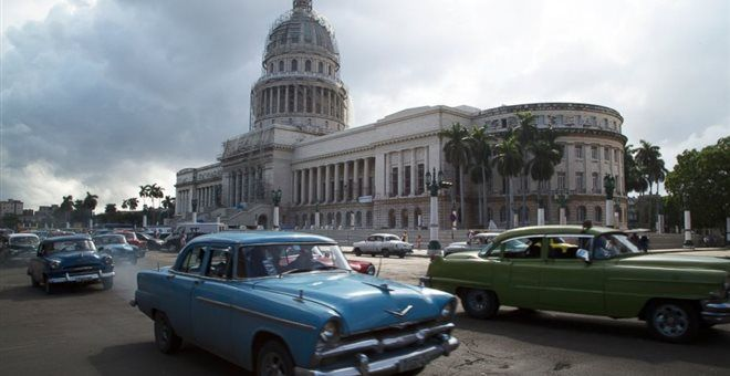 Κογκρέσο: Εχθρικό στην προοπτική άρσης του εμπάργκο στην Κούβα