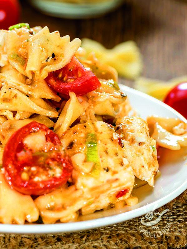 Pasta with sauce grouper - Per la riuscita ottimale delle vostre Farfalle al sugo di cernia scegliete del pesce freschissimo e di prima qualità: riscuoterete un sicuro successo! #farfalleallacernia