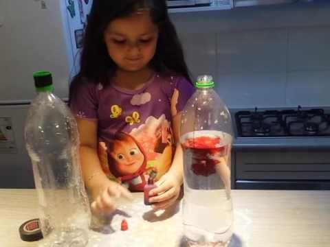 Experimento tornado en una botella