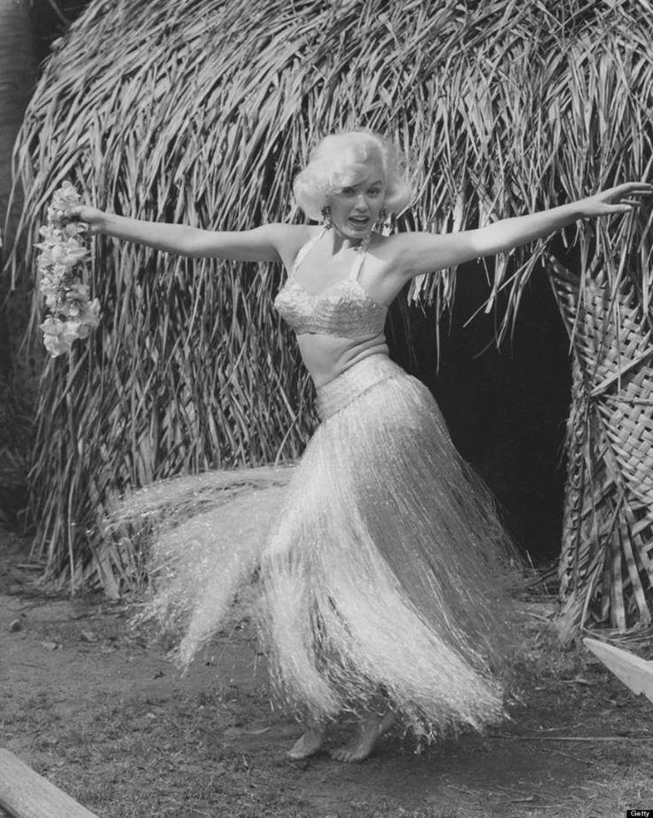 Mamie Van Doren in Hawaii circa 1954