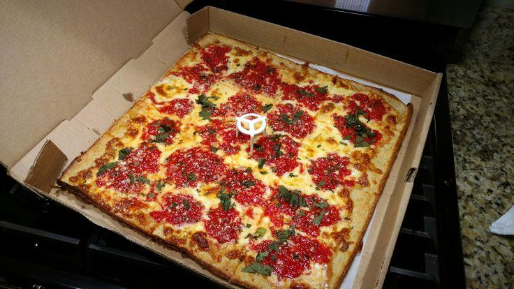 [I ate] a grandmas pizza in Long Island NY http://ift.tt/2mpRWZK #TimBeta