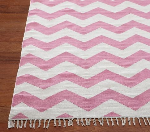 Pink Chevron Dhurrie Rug A Bold Pattern To Add To A Girls Room Pink And