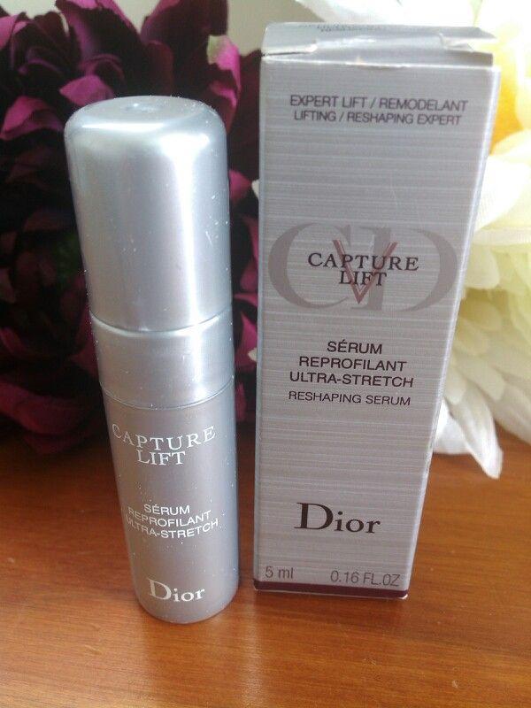 Dior Capture V Lift Ultra-stretch reshaping serum, sample size