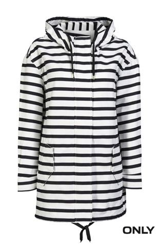 Le printemps approche, on troquera bientôt notre manteau chaud pour un plus léger! Voici une bonne idée! Ce manteau ONLY est tendance, sport  et différent !!!! :D #only #blacknwhite #stripes #sporty