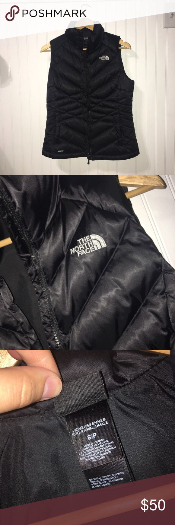 North Face vest Perfect condition!! North Face Jackets & Coats Vests