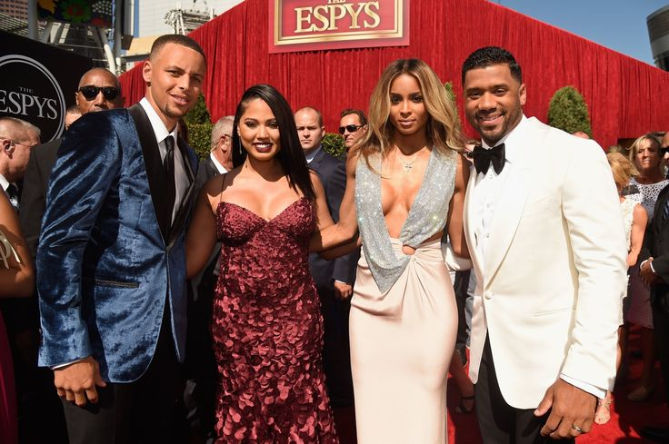AYESHA CURRY PREGNANT AGAIN BABY #3 OR BODY SHAMING? | 31 DAYS OF SHADE ...