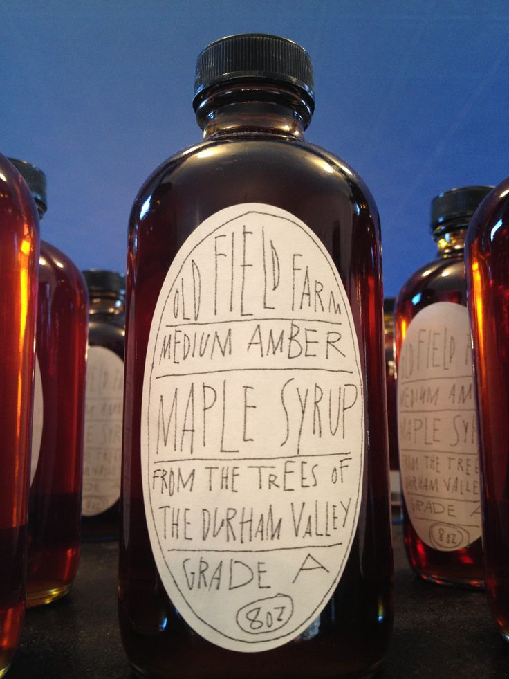 Hand lettering on a maple syrup label
