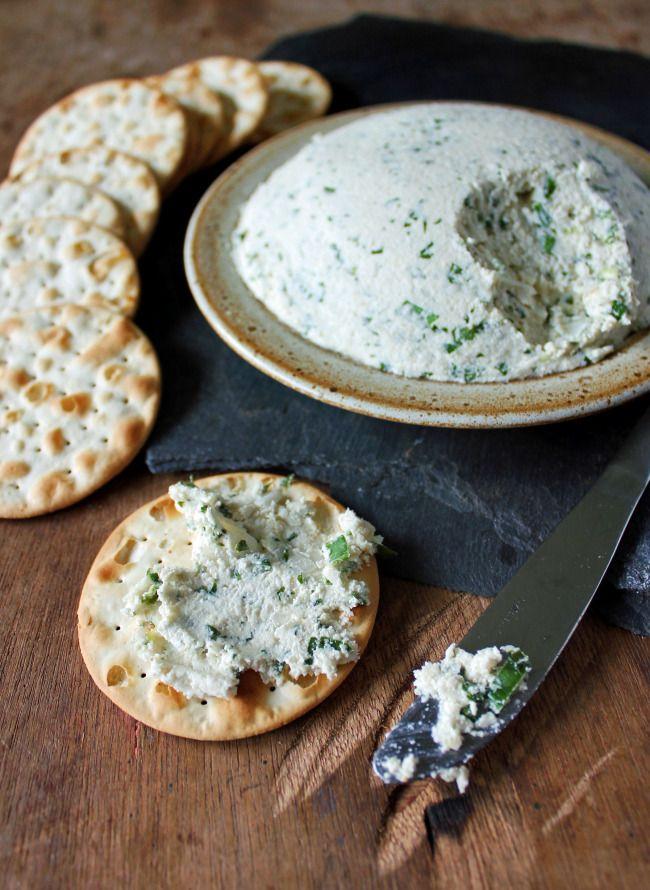 Vegan Herb Cashew Cream Cheese!  http://invegetableswetrust.com/2013/10/22/cashew-cream-cheese/