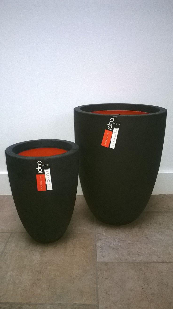 Onbreekbare potten van Capi Europe uit de Tutch-collectie. Vaas elegant