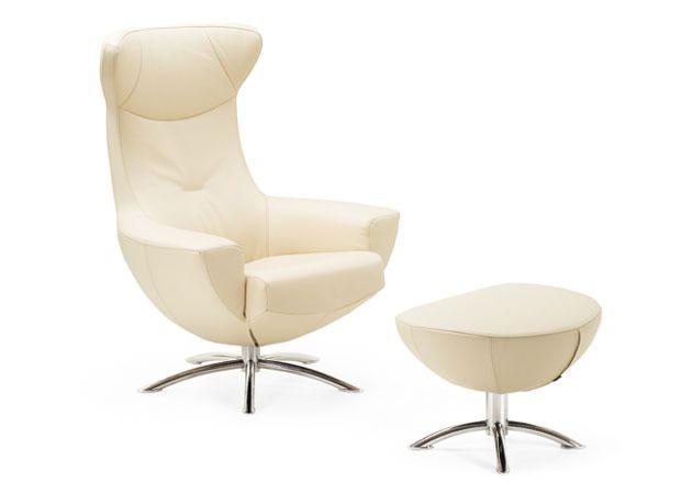 Hjellegjerde Baloo Chair. White leather.