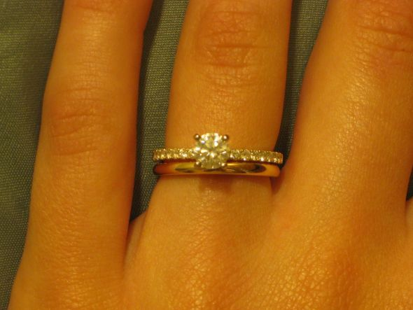 Show Me Your Sparkly Engagement Ring W Plain Wedding Band Pinterest And Weddings