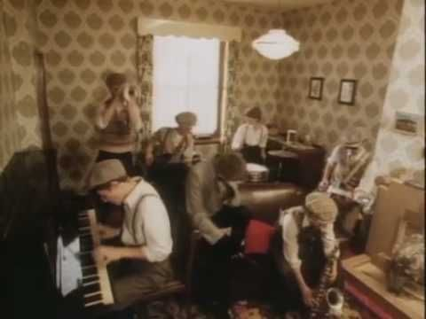 Madness - Our House - YouTube