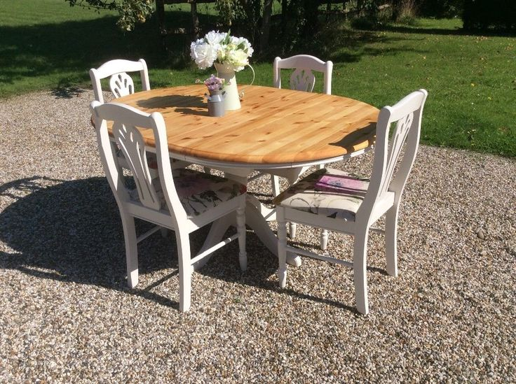 shabby chic round extending pine dining table and 4 chairs in farrow ball on gumtree - Pine Dining Table