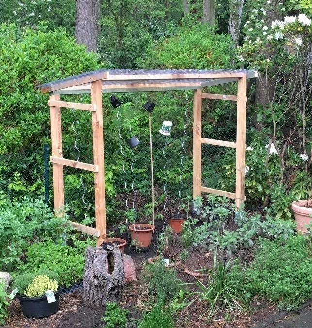 Selbst ein Tomatenhaus bauen Bauen Sie Ihr eigenes Tomatenhaus   – Heimwerken | home improvement