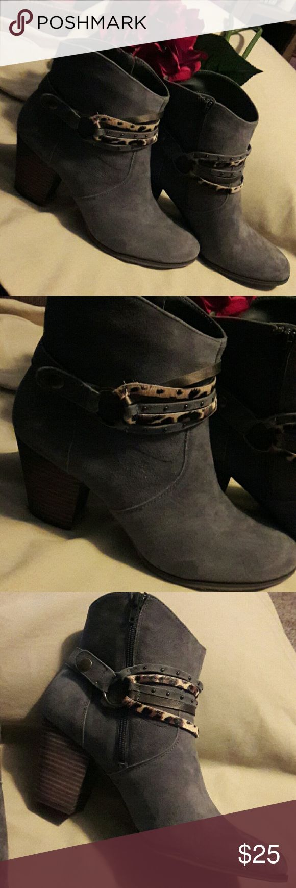 NEW! LEATHER BELLA VITA BOOTS New. Dark Gray fashion boot. Removable boot cuff for 2 different looks. Side zipper faces inside. Bella Vita Shoes Ankle Boots & Booties