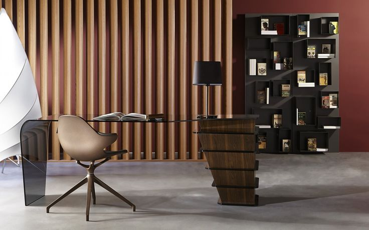 Bureau strato sacha lakic design pour la collection for Meuble bureau roche bobois