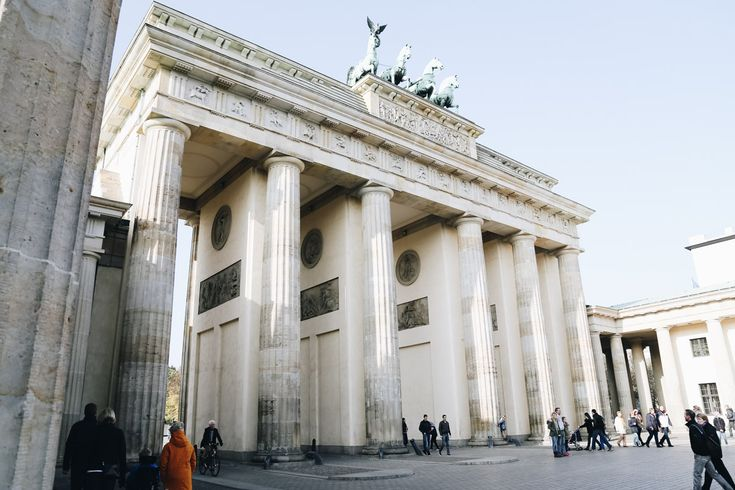 A Self-Guided Walking Tour Of Berlin's Famous Sights