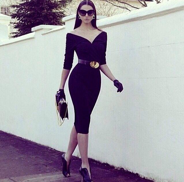 Schwarzes kurzes Kleid – kleines schwarzes Kleid
