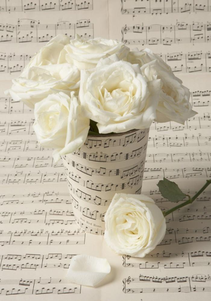 Inspiración para centros de flores muy musicales... #decoracionqueamo