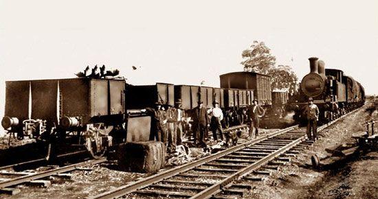 Cadia-railway-workers-c-1920s.jpg (550×290)