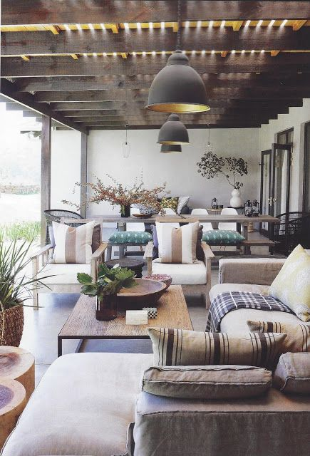 amazing interior by architect Lisa Rorich and decorator Ruth Duke - the whole house is amazing - ilovebokkie.blogspot.fr