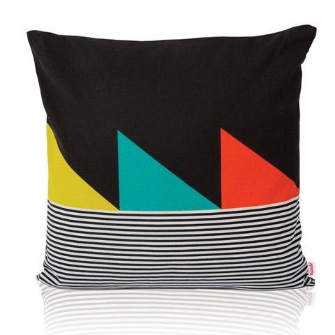--- love this pillow... my house is looking really weird :P thanks to pinterest!!!!