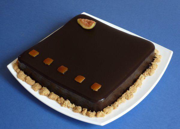 Torta fichi nocciola arancia cacao