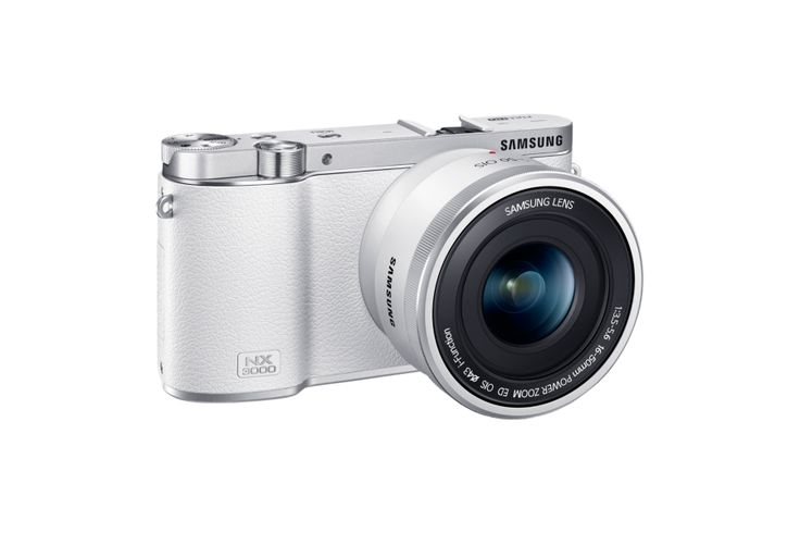 Smart Camera NX3000 & 16-50mm PZ Lens Kit (White)