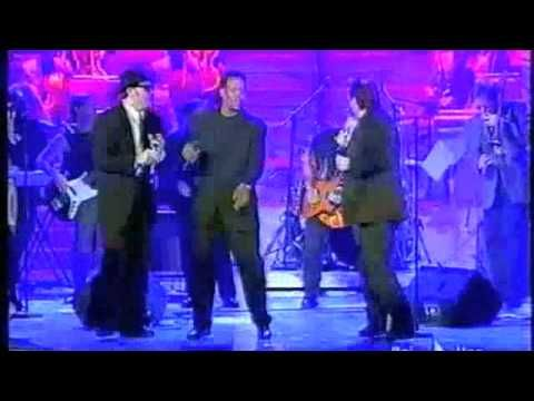 Andrea Mingardi & The Blues Brothers Band - E' la musica - Sanremo 2004.m4v
