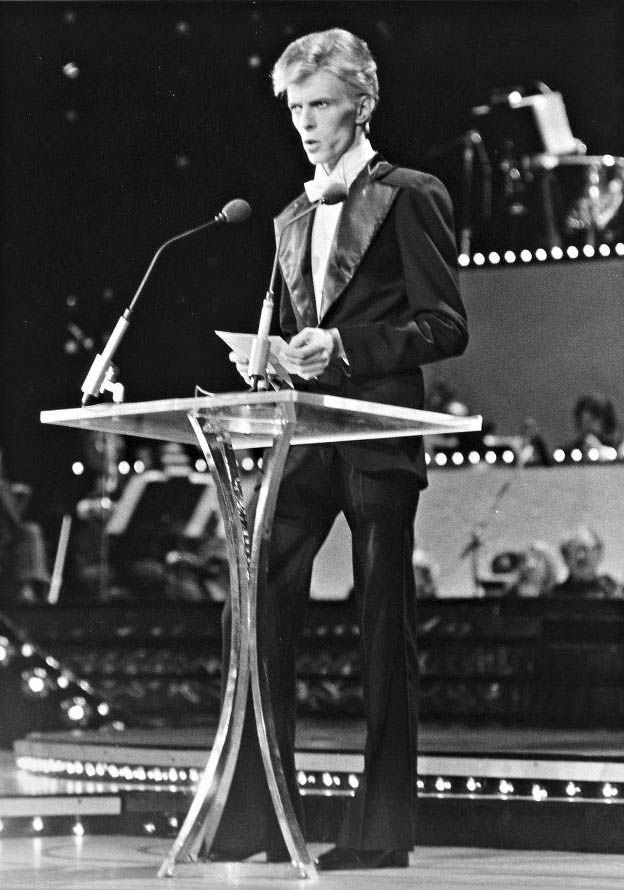 David Bowie at The Grammys, 1975, by Bob Gruen: The Thin White Duke decked out