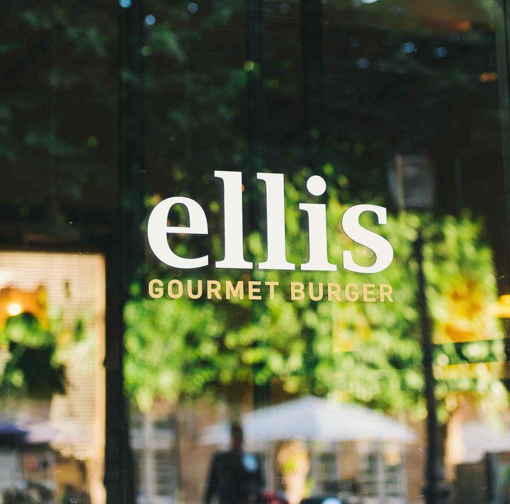 Ellis Gourmet Burger along the Prinsengracht in Amsterdam