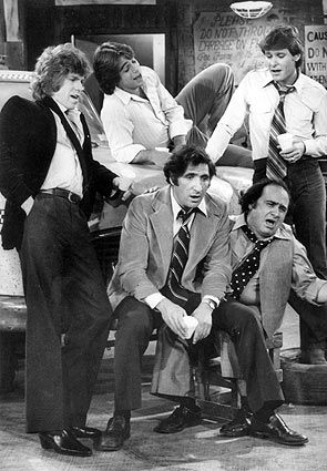 """The cast of TV's """"Taxi"""" in 1979, clockwise from left: Jeff Conaway, Tony Danza, Randall Carver, Danny De Vito and Judd Hirsch."""