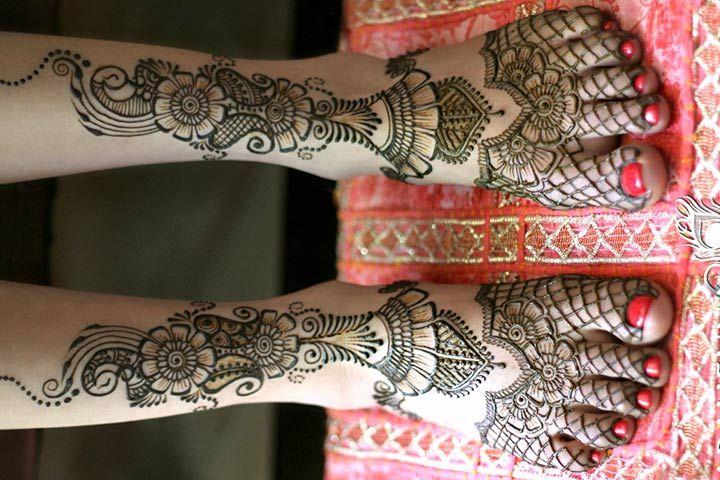 Arabic Mehndi Designs For Legs - Bold Designs