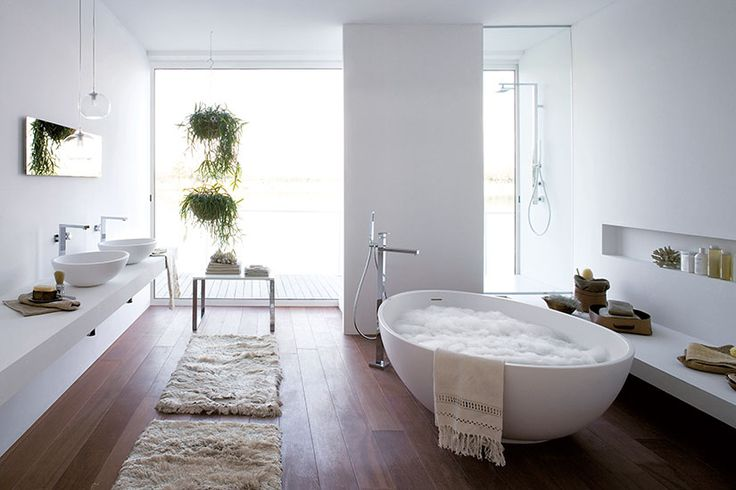 The Mastella Vov bathtub is the perfect place to sit back & relax