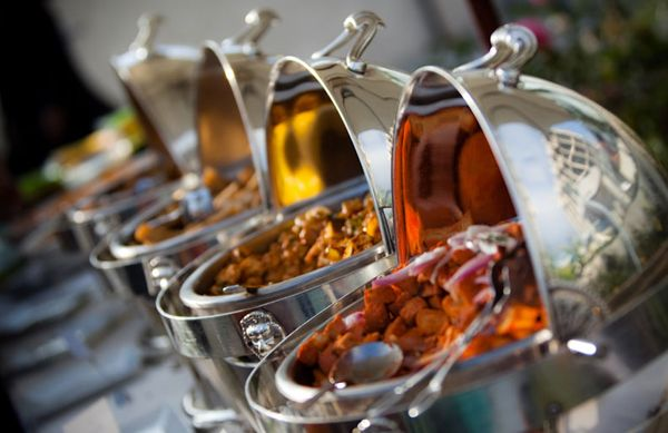 6 Tips for Planning Your Wedding Reception Menu